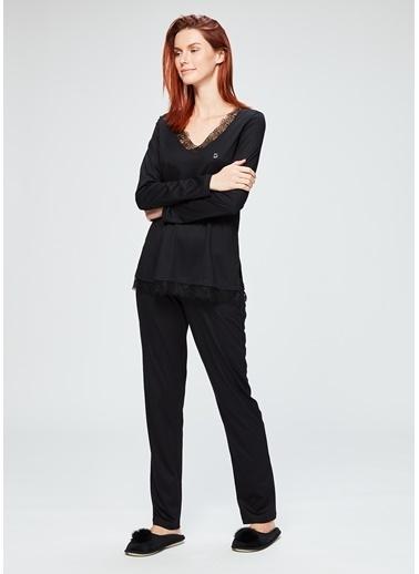 Dagi V Yaka Uzun Kollu Pijama Takımı Siyah
